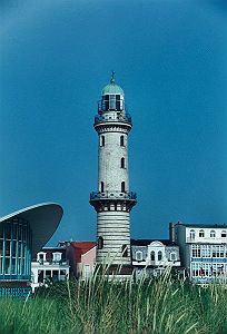 Leuchtturm Warnemünde - 409 x 600 - 44kB
